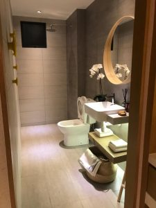 habitus toilet show unit